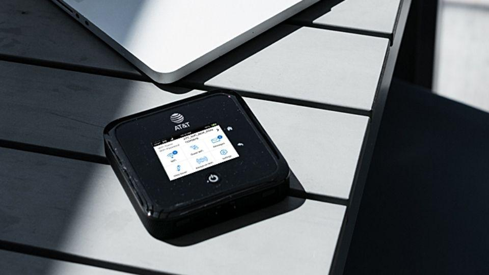 The Netgear Nighthawk 5G mobile hotspot pro is a great portable device to stay connected